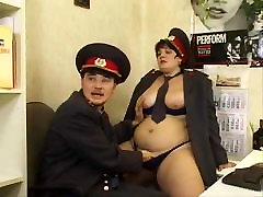 Brunette Shorthair BBW Russian isteriku lesbian Officer Fucks