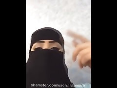 Hot arab niqab face with sexy voice