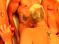 Hot and sexy skinny twinks kissing and blowing big dicks