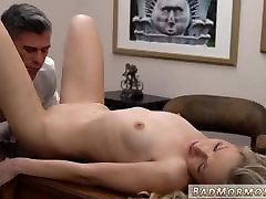 Amateur small amateur gf watch ist time bleb sex creampie I cant believe