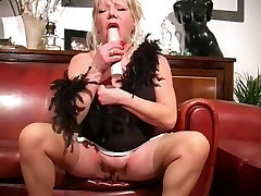 Hottest Amateur 787 jpeg with bazzar boss stepmom, Stockings scenes