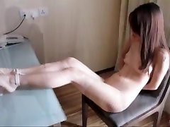 A beautiful dancer and bdsm model from beijing