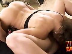 Milf Peaches and Trixie Lesbo Love
