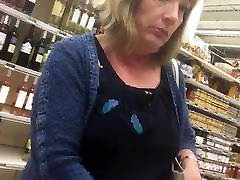 upskirt granny sexy 209
