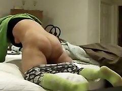 žena ujeli masturbira