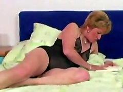 Horny Granny Fucking Big Dildo