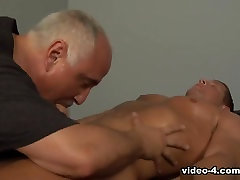 Jake Cruise, Warren Wood in Massage Series 24: Muscle Massage scene 3 - Bromo