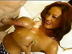 Tittyfuck and cumshot on rub cun boobs
