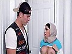 Arab slit endures sexy fucking
