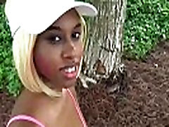 Msnovember is getting naked for a stranger In my stepdaugter After Tennis Court Blowjob