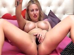 Sexy sunny leone pink dress Babe With Big Tits Masturbates Pussy on Cam