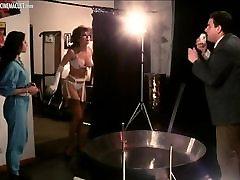 Carmen Russo striptease and luana borgia lesbian scenes