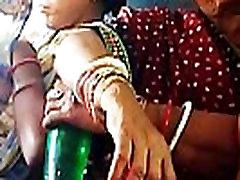 teen forced oldman girl breastfeeding in train