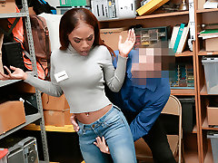 Shoplyfter - Hot seachgym spank Teen Pounded For Stealing