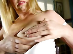 Horny American Mom Showing Off Her sophie mature anal Tits