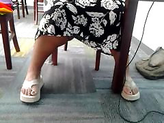 Candid vidio xxxxnx body cfnm hairy feet in library 4