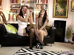 Sappho milf toyed in pussy before oral 69