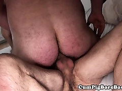 red hd xxx video stud assfucked by bears fat dong
