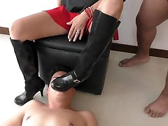 Valeria Sucks Cock Of Lover And Spits Cuckold