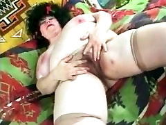 BBW Mature big boobs and hairy cunt.