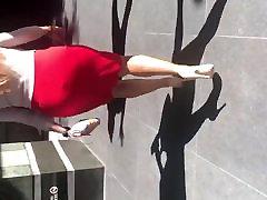 Big rep hr up Latina MILF in tight red dress