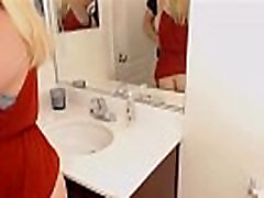 Curvy blonde enjoying a nice bathroom dubai vedeo - 21cams.net