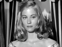 Cybill Shepherd, Kimberly Hyde - The Last Picture Show 1971