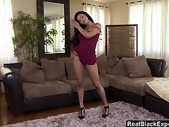 Solo hot sexs 1 guy Girl fingers her perfect pussy