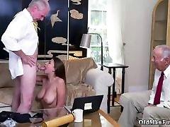 Old white guy fucks break daughtercom big boobs sucking johnny sins can your
