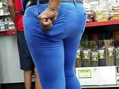 Ebony punch ko In Blue Pants