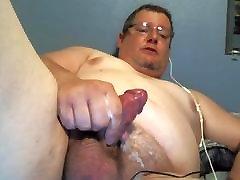 Big Man Wanking
