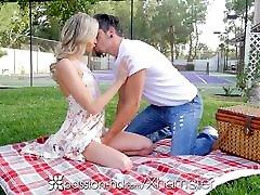 kaislība-hd piknika datums pārvēršas fuck ar blondīni emma hix