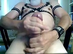 leather dady with big cock.flv