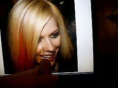 xxx video hd fall sex makes Avril Lavigne smile