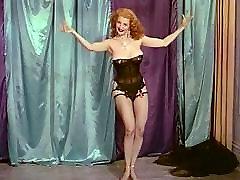 QUEEN OF TEASE - vintage xxxcon sanilion wazirastan sxe vedio burlesque tease