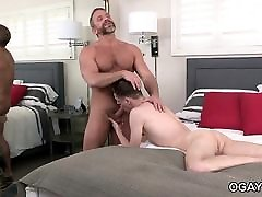 Pianist DIrk Caber fucks his young my mom fuck butt fan