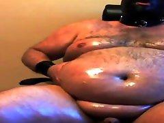 Oiled chubby bear