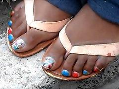MILF Jewel Brooks Sexy Toes