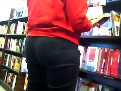 Candid: boys tearing of girls clothes Nerd wth Wide Hips, Thick Thighs & Plump Butt