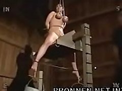 Tit hanging and pussy voyeur girl changing - bronnen.netint