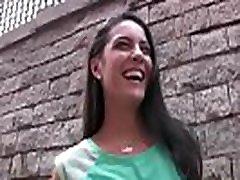pusaudžiem patīk nauda - spāņu sex making shoot fucks par naudu, carolina abril video daļa-02