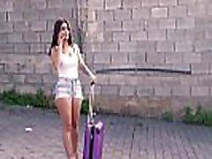 chicas loca - tätoveeritud el trasero de la nia babe naudib seksi õues kiimas cab driver