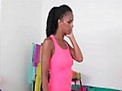 mirkymas lesbiečių pūlingas gauna pakliuvomisabella chrystin & lady dee 01 vid-07