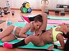 бразильской попа пот лез сессииэмилия кларк & noemilk 05 видео-04