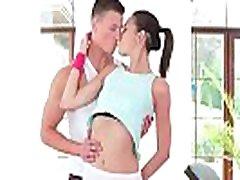 mocno nastolatka wielki kutas sexercisemickey miłość wideo 16 02