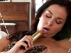 Hot babe Billy Raise enjoys stuffing free watching porn sex videos wet pink pussy with a toy