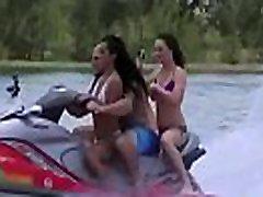 eva &amp tiff kuuma sluty college girls hõivatud group sex scene clip-11