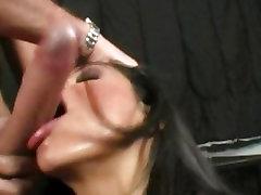 Busty Cassandra Cruz deepthroats a big dick
