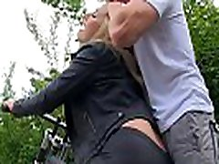 Big booty babe Paige Turnah gets fake agent auditionz by hung stud
