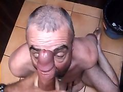 Hot fat hdtymover guy gives me a good hard time